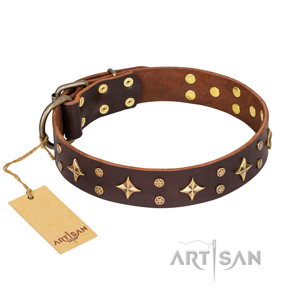 Awesome natural genuine leather dog collar for handy use