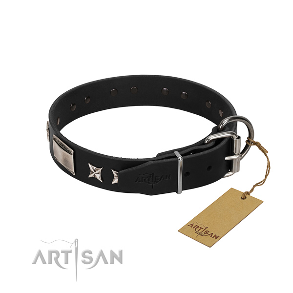 Top rate natural leather dog collar with durable traditional buckle
