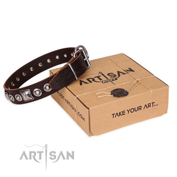 Full grain genuine leather dog collar made of top notch material with durable traditional buckle