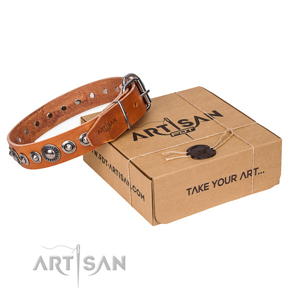 Natural genuine leather dog collar made of high quality material with durable D-ring